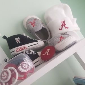 All new! Alabama baby Lot shoes paci clip hat